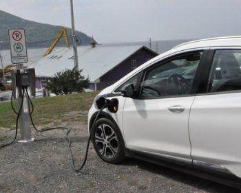 Le réseau Rouler Vert la Gaspésie déploie 100 nouvelles bornes électriques